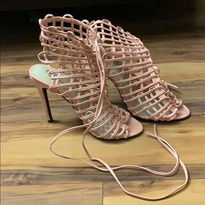 Pale pink leather netted heels